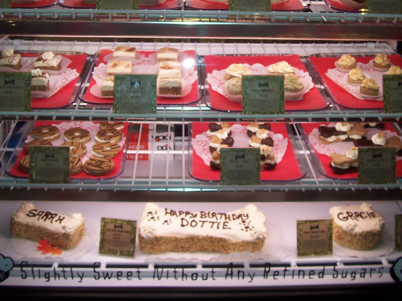 Nibbles Of Tidbits A Food Blogthree Dog Bakery In Lake Arrowhead