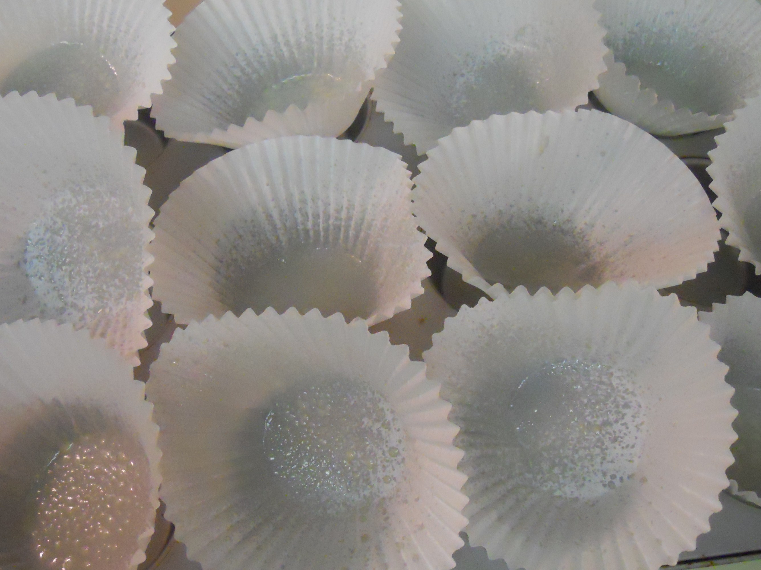 ... Cupcakes: Monkey Bread Jumbo Cupcakes. - Nibbles of Tidbits, a Food