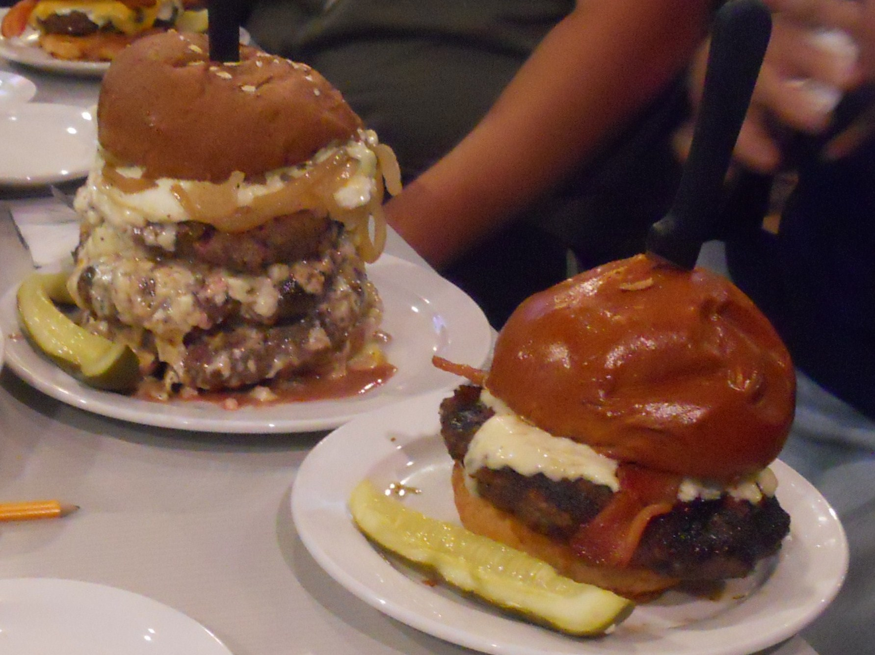of Tidbits, a Food BlogSlater's 50/50: Burgers Designed With 50% Bacon ...