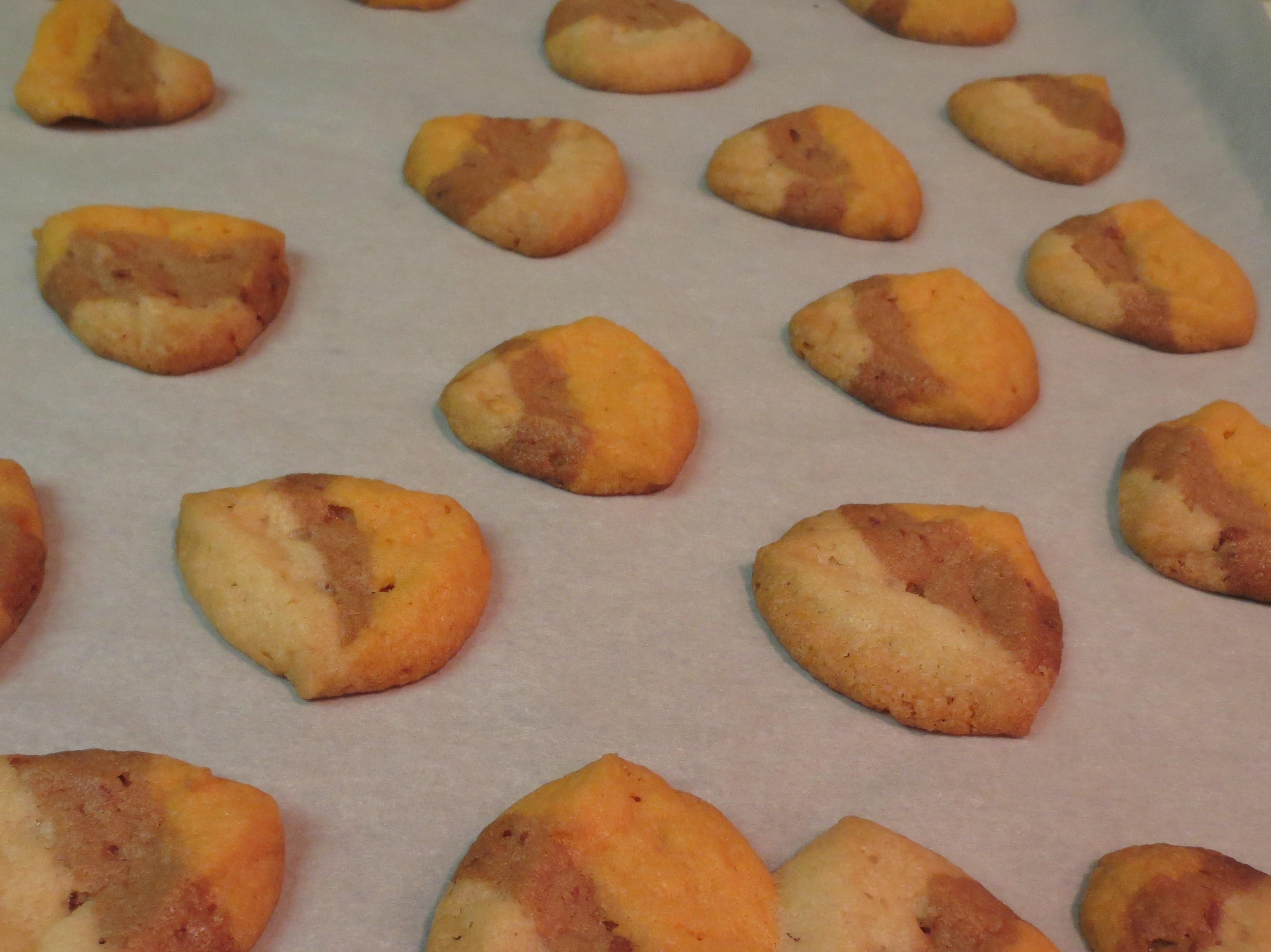 Nibbles Of Tidbits A Food Blogcandy Corn Cookie Wannabes