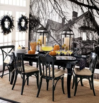 Halloween Table 3